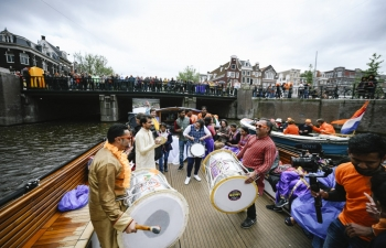 Bollywood on a Boat', a novel initiative to promote tourism to India on King's Day - April 27, (the biggest national holiday of the Netherlands) was a huge success for a second year in a row. Daring the rain and the wind, around 50,000 revellers in boats and on the banks of the Canals witnessed the colorful sight of the boat sailing with Indian dancers inviting people to travel to India.
